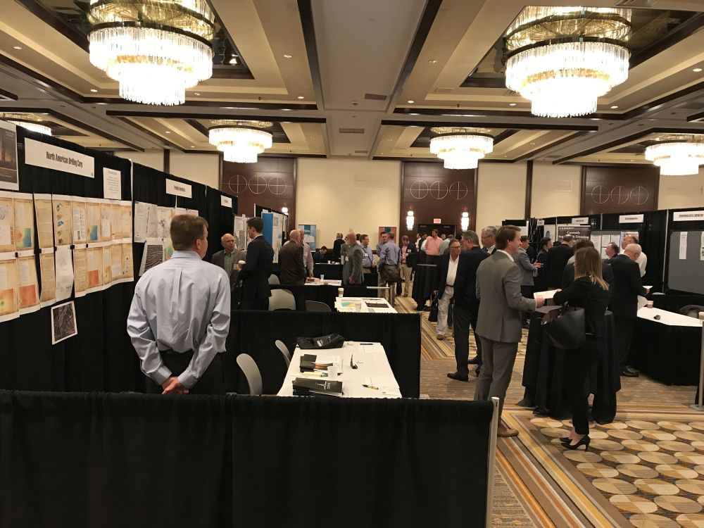 Busy Show Floor - PLS Dallas Dealmakers